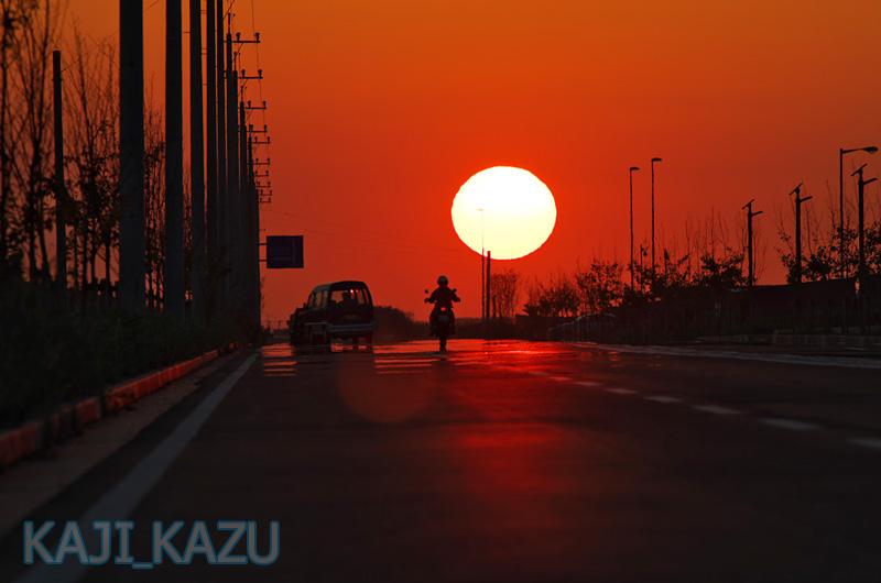 まぶしい夕陽